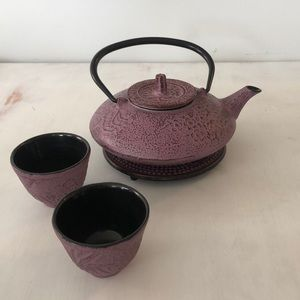 Other - Cast iron teapot set
